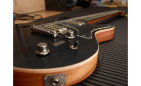 022020-guitar